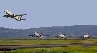 aircraft-122994__180-1