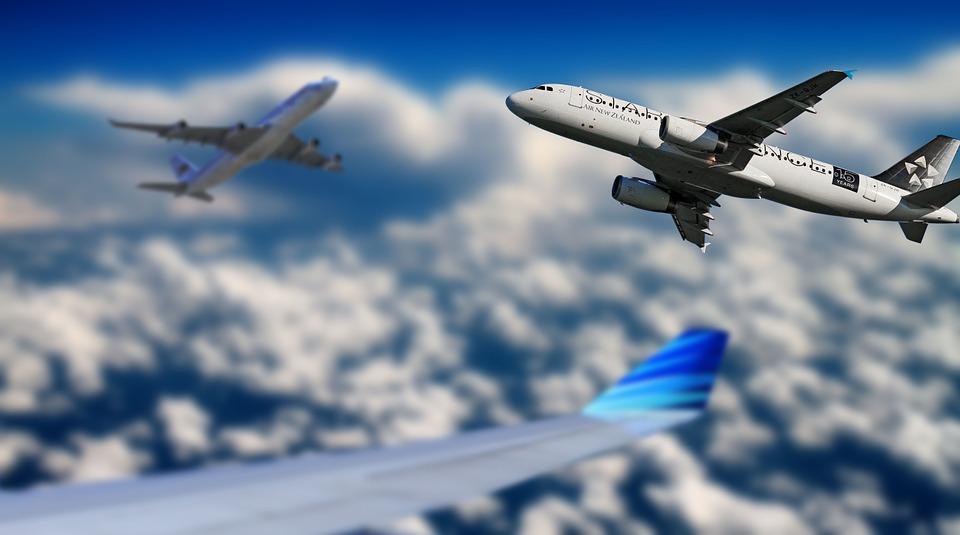 aircraft-666832_960_720