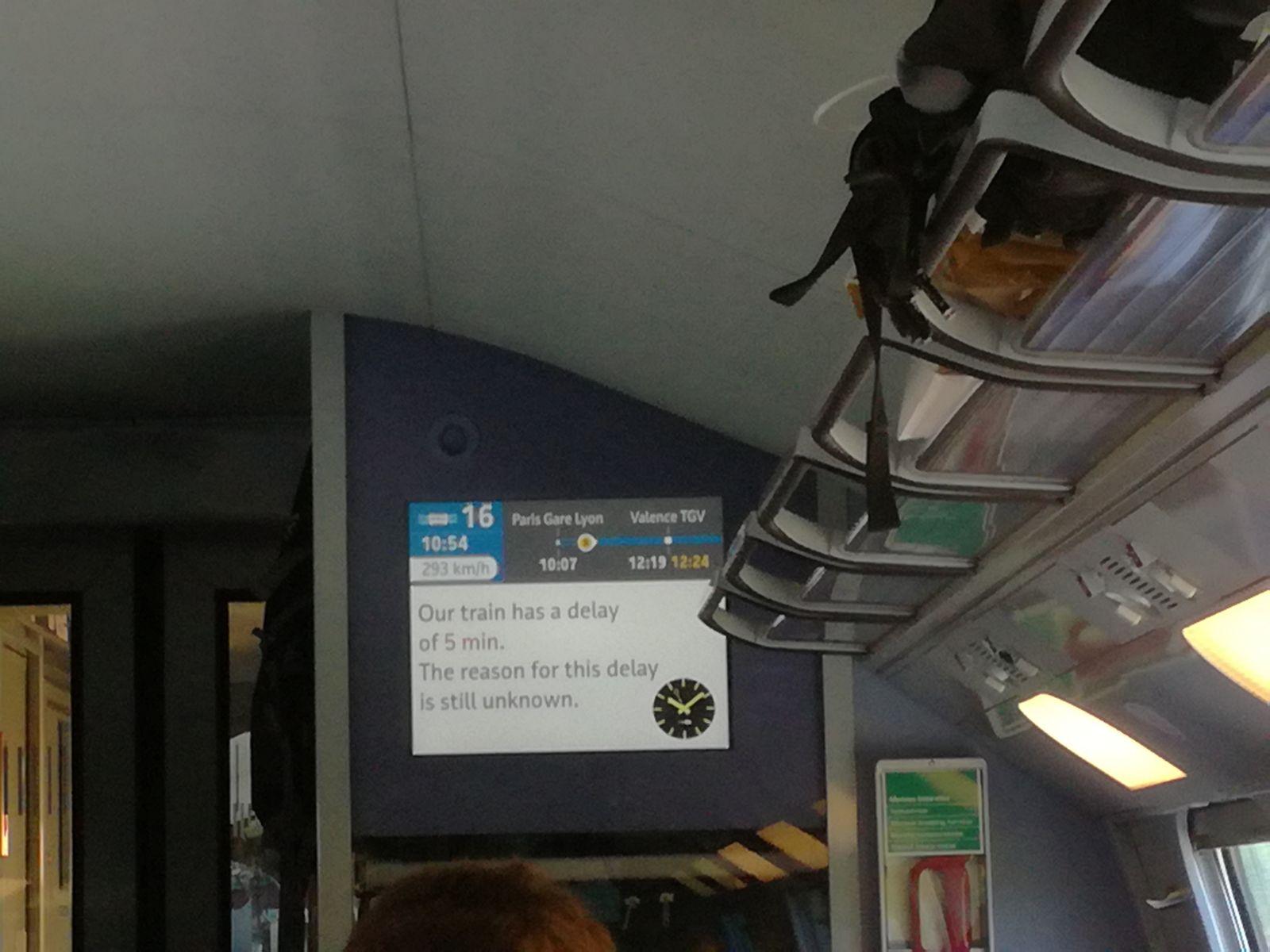 Pravovremeno informiranje putnika u TGV-u / Foto: Petar Tomorad-Rudec