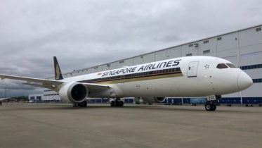 Boeing 787-10 Singapore Airlinesa