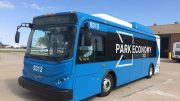 BYD električni autobus zračne luke u Kansas Cityju