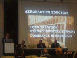 Profesor Antonin Kazda, koji je i jedan od osnivača konferencije, imao je zanimljivo predavanje o sveučilišnom obrazovanju kadrova u zrakoplovstvu